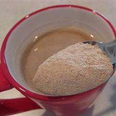 Chai Tea Mix Recipe Use 2 cups french vanilla creamer, and no plain creamer.also put 3 heaping spoonfuls instead of just 2 (much better). Tea Mix Recipe, Chai Tea Recipe, Cappuccino Recipe, Yummy Drinks, Yummy Food, Fun Drinks, Homemade Chai Tea, French Vanilla Creamer, Vanilla Chai