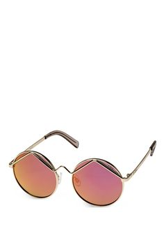 Summer of Love! Diese Form, diese Farbe. Wild Child - ganz klar Sommer, Sonne und Woodstock-Feeling im Herzen. Wie gemacht für moderne Hippies, die eine Sonnenbrille zum Träumen suchen.