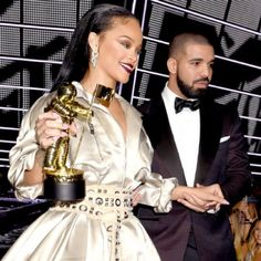 Did Rihanna And Drake Call Off Their Unconfirmed Relationship? - http://oceanup.com/2016/10/11/did-rihanna-and-drake-call-off-their-unconfirmed-relationship/