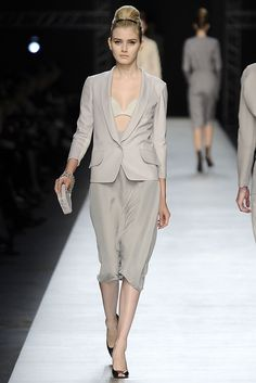 Saint Laurent | Spring 2009 Ready-to-Wear Collection | Style.com