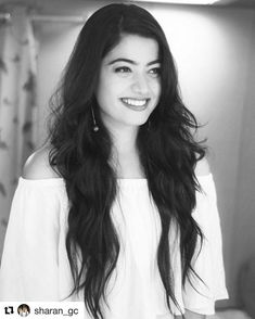 Rashmika Mandanna Biography, Height, Weight, Age, Family And Beautiful Girl Indian, Most Beautiful Indian Actress, Girl Pictures, Girl Photos, Hd Photos, Actors Images, Actor Photo, Stylish Girl Images, Girl Photography Poses