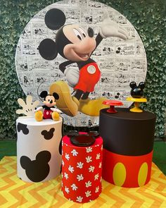Mickey Mouse Birthday Decorations, Mickey 1st Birthdays, Theme Mickey, Birthday Party Decorations Diy, Mickey Party, Fiesta Mickey Mouse, Mickey Mouse First Birthday, Mickey Mouse Clubhouse Birthday Party, Matou
