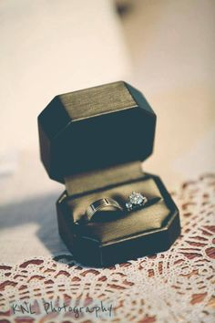 Kyle + Huong's #weddingrings