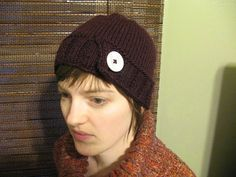 SHE MAKES HATS: Buttoned Up (hat #30)