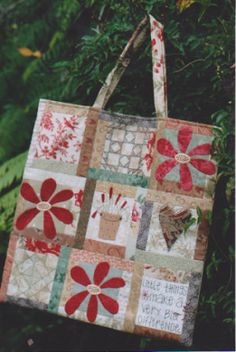 The Waverly Bag Pattern, some piecing, some applique and some stitching.