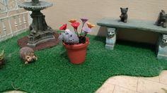 My Miniature World: Miniature Naughty Bunny digging up a Flower Pot - Tutorial