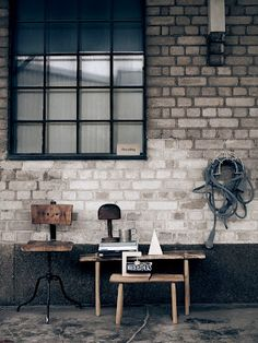 photography pia ulin // lotta agaton shop  window squares, color, old