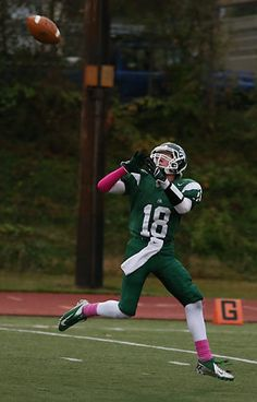 Edmonds-Woodway's Jacob Roling catches a pass for a touchdown against Mariner. See more of Seattle Times' photographer Colin Diltz's photos from the game.