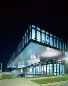 Ferrari Operational Headquarters and Research Centre / Studio Fuksas (4)