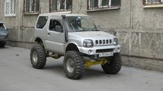 2000 Suzuki Jimny. Toyota Hilux axles, 6-inch lift & 35 inch tires