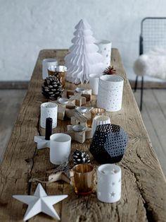table rustique en bois brut avec jolie déco de Noel