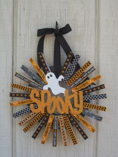 Clothespin Wreath//Halloween wreath by stellakatie on Etsy https://www.etsy.com/listing/482386761/clothespin-wreathhalloween-wreath