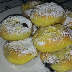 Slovakian Food, Czech Desserts, European Dishes, Czech Recipes, Pan Dulce, Graham Crackers, Yummy Treats, Deserts, Food And Drink