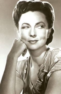 Agnes Moorehead loved Bewitched!!