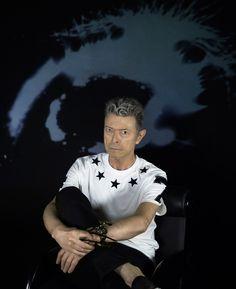 """Mort de David Bowie : à quoi ressemble """"Blackstar"""", son dernier album ? - Hugo Cassavetti - Télérama"""