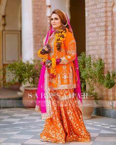 Girls Dress Up, Pakistani Bridal, Sari, Dresses, Fashion, Saree, Vestidos, Moda, Fashion Styles