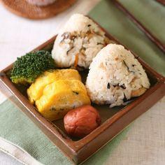 Alors que la food fermentée voit sa cote grimper – ses bienfaits santé enthousiasment la communauté healthy – un aliment traditionnel japonais devient le nouveau totem food : l'umeboshi ...