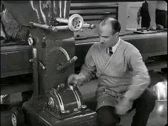 Classic Comedies, Classic Films, Charlie Chaplin Videos, View Quotes, Amazing Science Facts, Funny Movies, Funny Short Videos, Happy Smile, Funny Clips