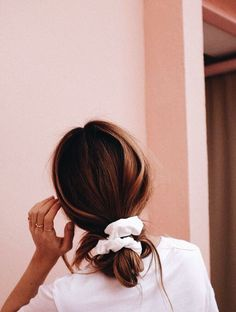 s l o p p y b u ns - Trend Scrunchie Hairstyles Inspo Cheveux, Look Body, Pretty Hairstyles, Hairstyle Ideas, Scrunchy Hairstyles, Wedding Hairstyles, Cute Everyday Hairstyles, Party Hairstyle, Quinceanera Hairstyles