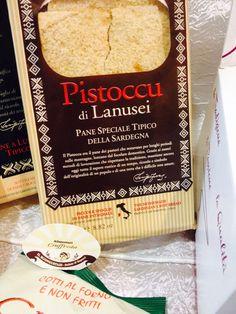 IL Pistoccu era il pane dei pastori che restavano per lunghi periodi sulle montagne, lontano dal focolare domestico.