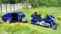 Motorcycle and teardrop camper Teardrop Camper Trailer, Trailer Tent, Camp Trailers, Tiny Trailers, Travel Trailers, Motorcycle Camper Trailer, Motorcycle Equipment, Motorcycle Tips, Small Motorcycles