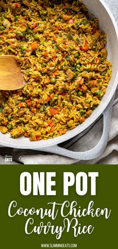 One Pot Coconut Chicken Curry Rice - a super easy all in one pan family-friendly meal with pieces of tender chicken thigh and vegetables with delicious coconut and curry flavours. Slimming World Beef, Slimming World Chicken Recipes, Slimming Eats, Slimming Recipes, Coconut Curry Chicken, Chicken Curry, Slow Cooker Pressure Cooker, Bbq Menu, Curry Rice