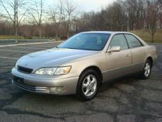 1999 Lexus ES 300. My hubby's was a coach edition. Black exterior and black leather interior.