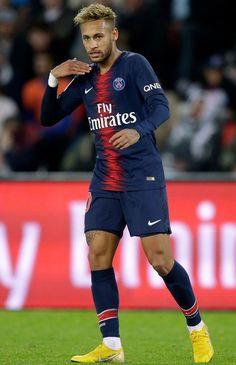 Neymar 'agrees' stunning transfer with PSG president: Barcelona and Real Madrid on alert - Football Football Neymar, Football Boys, Depay Memphis, Neymar Jr Wallpapers, Neymar Brazil, Neymar Pic, Soccer Motivation, Cristiano Ronaldo Lionel Messi, Liverpool