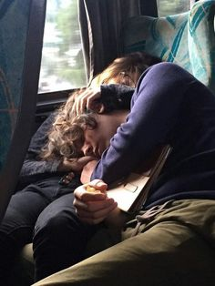 Cute Relationship Goals, Cute Relationships, Couple Relationship, Secret Relationship, Relationship Pictures, Cute Couples Goals, Couple Goals, Emo Couples, Living In London