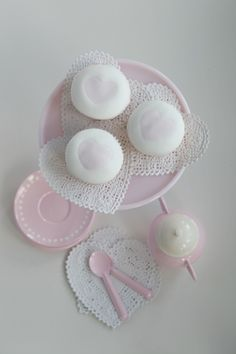 Passion 4 baking » Some more Tutorial, Easy Ruffle flowers, Lovely Pink hearts & Polka Dots Bows