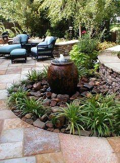Small Backyard Landscaping, Backyard Patio, Backyard Ideas, Patio Ideas, Landscaping Ideas, Garden Ideas, Patio Design, Garden Design, Diy Garden Fountains