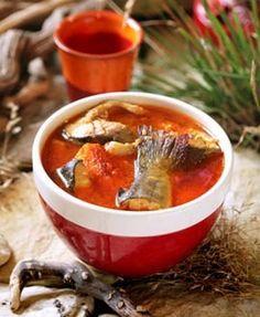 Dvanásť vianočných polievok podľa šéfkuchárov - Žena SME Chili, Soup, Chile, Soups, Chilis