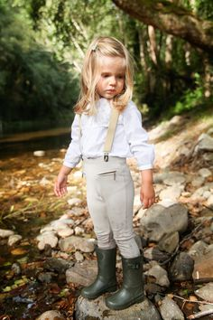 Dressing ivana (and sofia): colaboración con igor do it for Cute Outfits With Leggings, Cute Outfits For Kids, Toddler Girl Outfits, Toddler Fashion, Outfits For Teens, Kids Fashion, Armani Kids, Cute Young Girl, Trendy Kids