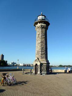 Lighthouse - Roosevelt Island New York