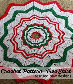 Christmas Tree Skirt - Free Crochet Pattern - #diy #holiday #crafts