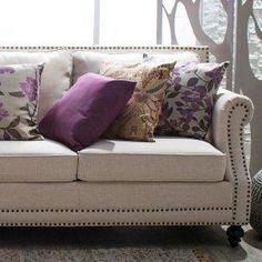 Regal & Romantic: Purple Accents
