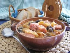 "Soup ""Šurdica"" (soup of beans, sauerkraut and smoked meat) in slovak Smoking Meat, Sauerkraut, Gnocchi, Paella, Acai Bowl, Beans, Breakfast, Ethnic Recipes, Soups"