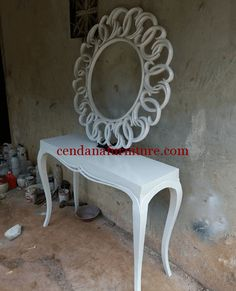 Set Meja Konsul Dan Cermin Hias Putih