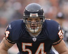 Brian Urlacher retires from NFL. You're going to be missed brother. Played like a man and went out like a man. A true Chicago Bear...