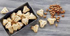 Crackers, Biscuits, Stuffed Mushrooms, Dairy, Sugar, Cheese, Cookies, Baking, Vegetables