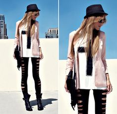 So cool outfit !  Follow me for more !