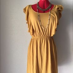 Casual Dress Butterfly Sleeve Yellow Mustard Beautiful color!! Butterfly sleeve style. Button peek hole in back. Mustard color. Mossimo Supply Co Dresses Midi