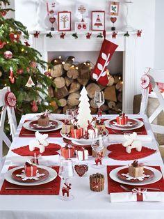 Un giorno speciale: Tavola di Natale Magical Christmas, Noel Christmas, Modern Christmas, Scandinavian Christmas, Beautiful Christmas, White Christmas, Christmas Crafts, Reindeer Christmas, Christmas Cookies