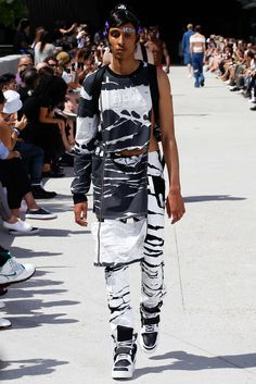 Hood by Air Spring 2016 Menswear - Collection - Gallery - Style.com