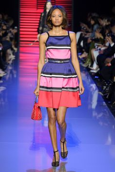 Elie Saab at Paris Fashion Week Spring 2016 - Livingly