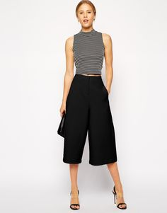 Buy ASOS Premium Culottes at ASOS. With free delivery and return options (Ts&Cs apply), online shopping has never been so easy. Get the latest trends with ASOS now. Summer Outfits, Casual Outfits, Fashion Outfits, Womens Fashion, Culotte Style, Safari Look, Black Culottes, Looks Style, My Style