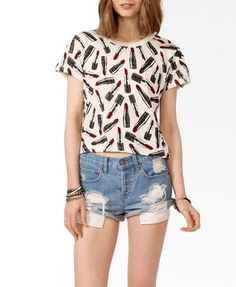 Ditsy Lipstick Print Tee $15.80 (Forever 21)