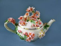 50 Most Beautiful Crockery item for your kitchen Teapots And Cups, Teacups, China Tea Sets, Tea Tins, Tea Art, Pot Sets, Chocolate Pots, Vintage China, Tea Cup Saucer