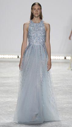 Monique Lhuillier Spring/Summer 2015 via @stylelist    The dresses of your dreams