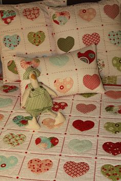 TELA MARINERA, Costura Cretaiva Compartida Bebe Baby, Charm Pack, Baby Quilts, Quilt Blocks, Projects To Try, Kids Rugs, Quilting, Sewing, Handmade